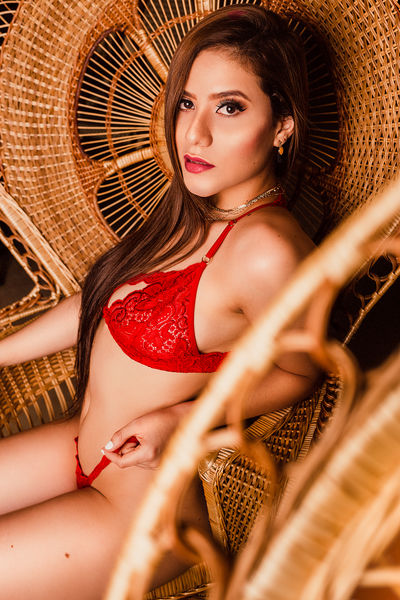 Lia Soleil - Escort Girl from League City Texas