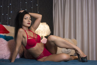 Linda Ferrera - Escort Girl from League City Texas