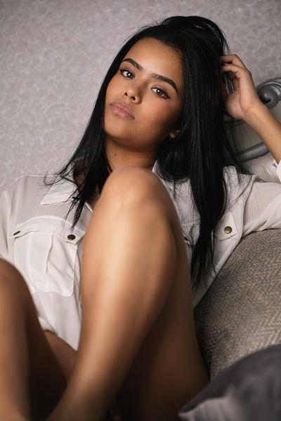 Luna Salinas - Escort Girl from League City Texas