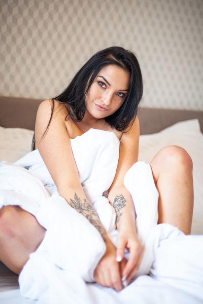 Monica Rossi - Escort Girl from League City Texas